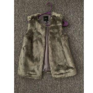 Forever 21 - Faux Fur vest